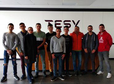 """Като част от програмата за устойчиво развитие на TESY, ученици от Профилирана природоматематическа гимназия """"Нанчо Попович"""", гр. Шумен, посетиха TESY, за да се запознаят с различните възможности за старт в кариерата, които компанията предоставя на млади специалисти. Учениците, водени от Заместник директор по учебната дейност и класен ръководител на 11-Д клас, Нина Велкова, бяха впечатлени […]"""